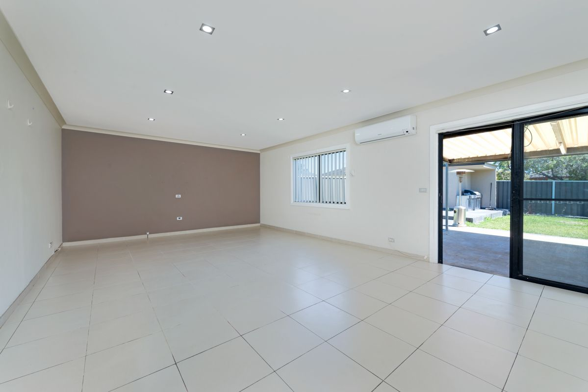 38 Fitzwilliam Street, Old Toongabbie NSW 2146, Image 1