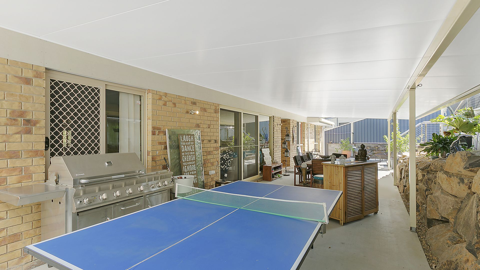 49 Alison Road, Carrara QLD 4211, Image 2