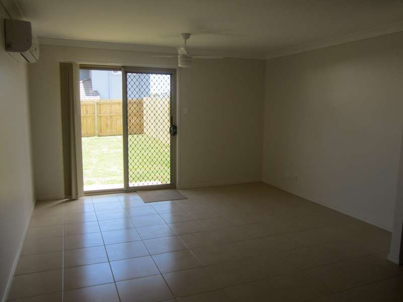 2/64 Clove Street, Griffin QLD 4503, Image 2