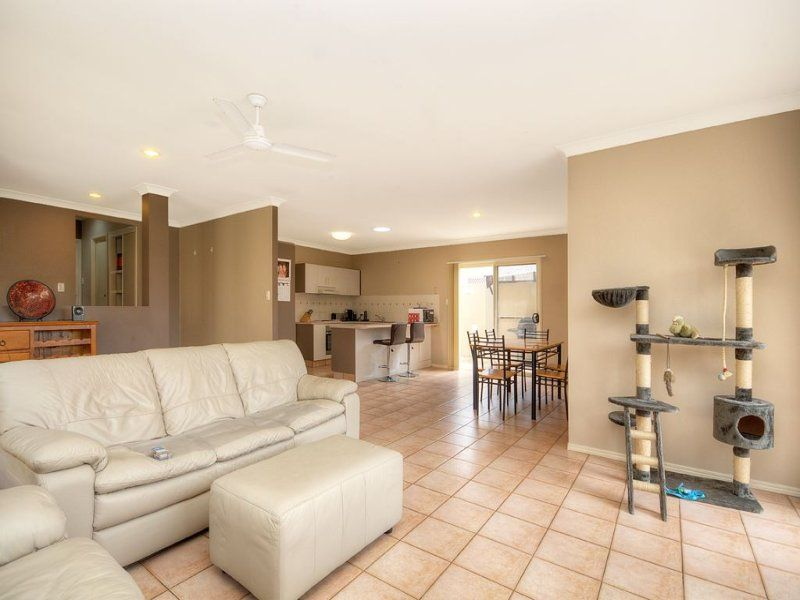 7 Siena Place, Coombabah QLD 4216, Image 1