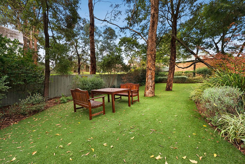 2/2 Everard Drive, Warrandyte VIC 3113, Image 0