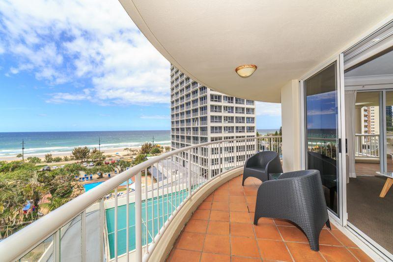 7 Elkhorn Avenue, Surfers Paradise QLD 4217, Image 0