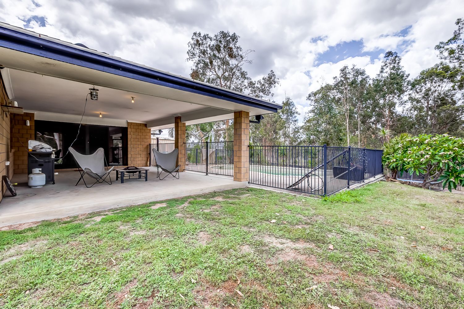 24 Scarborough Court, Mundoolun QLD 4285, Image 2