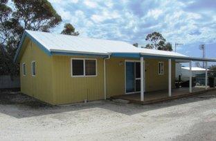 50 Flinders Avenue, Coffin Bay SA 5607