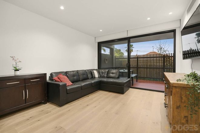 Picture of 8/11 St Georges Avenue, BENTLEIGH EAST VIC 3165