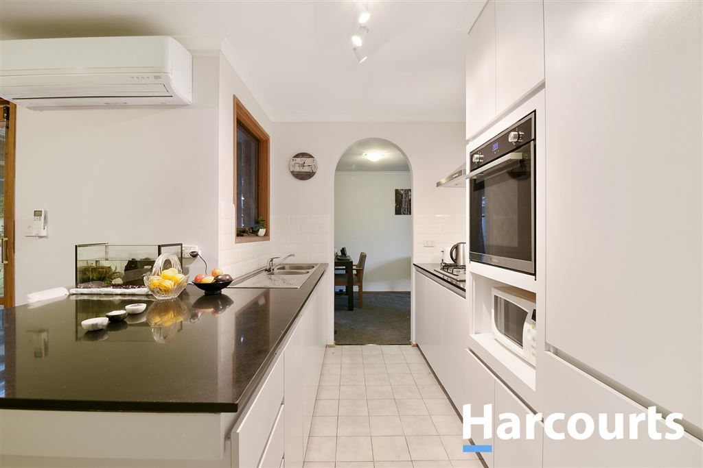 3 Lobelia Court, Cranbourne North VIC 3977, Image 1
