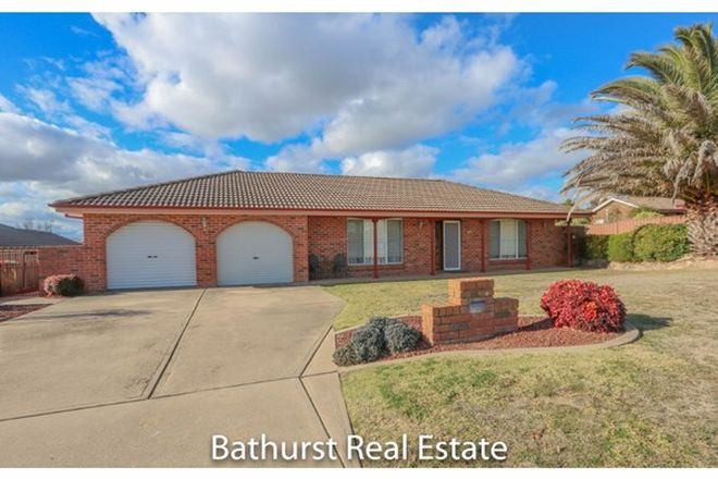 Picture of 16 Crawford Crescent, WINDRADYNE NSW 2795