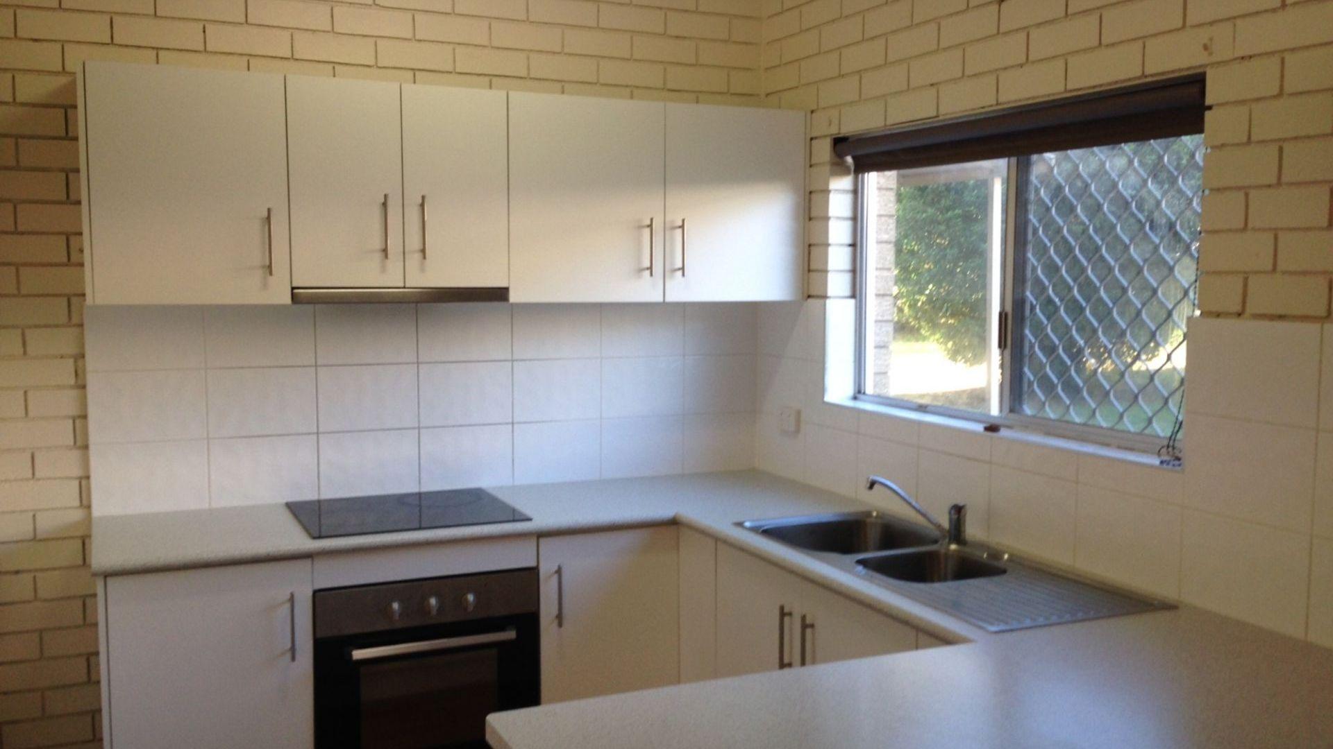 2/128 Curzon St, Rangeville QLD 4350, Image 1
