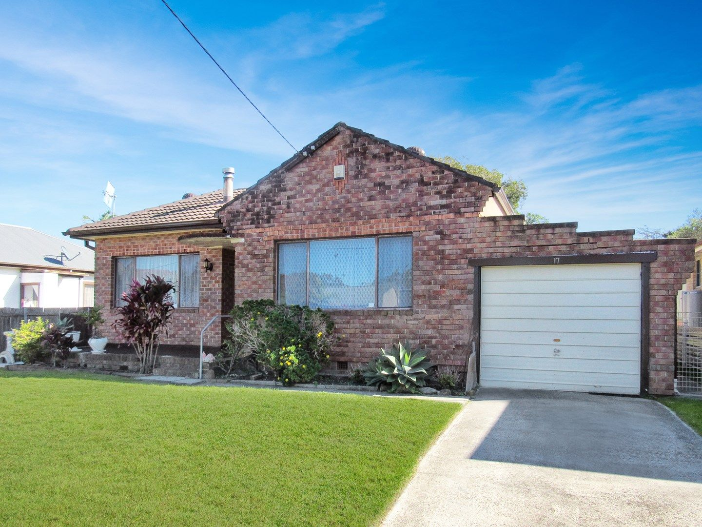 17 Fraser Road, Long Jetty NSW 2261, Image 0