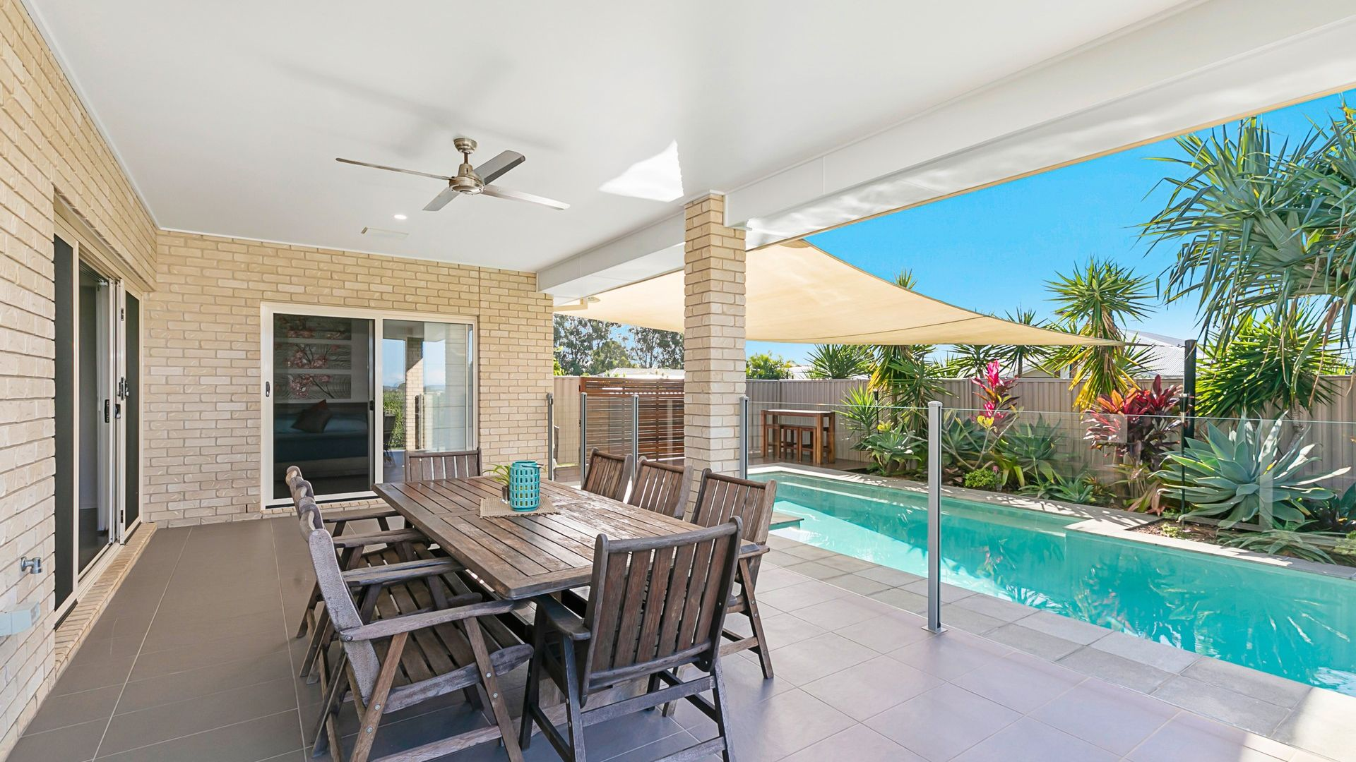 10 Magnetic Place, Redland Bay QLD 4165, Image 2