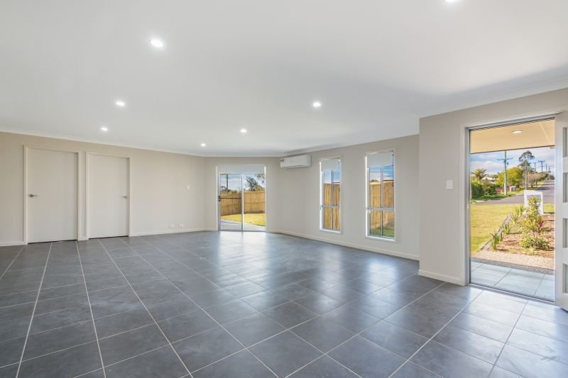 1/176 Handley Street, Darling Heights QLD 4350, Image 1