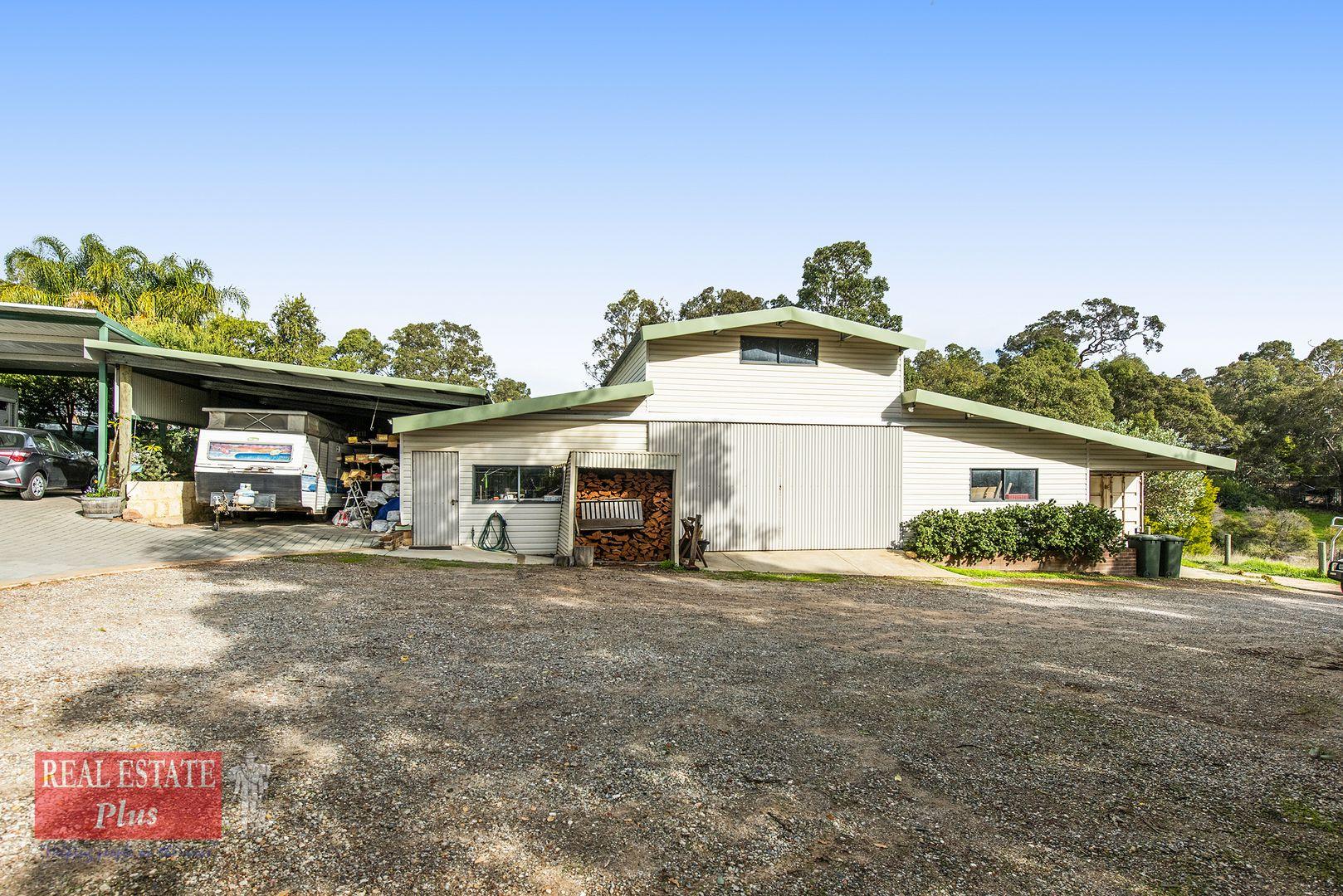 20 Hilltop Close, Mahogany Creek WA 6072, Image 2