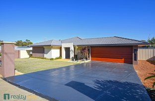 Picture of 17 Weld Road, Swan View WA 6056