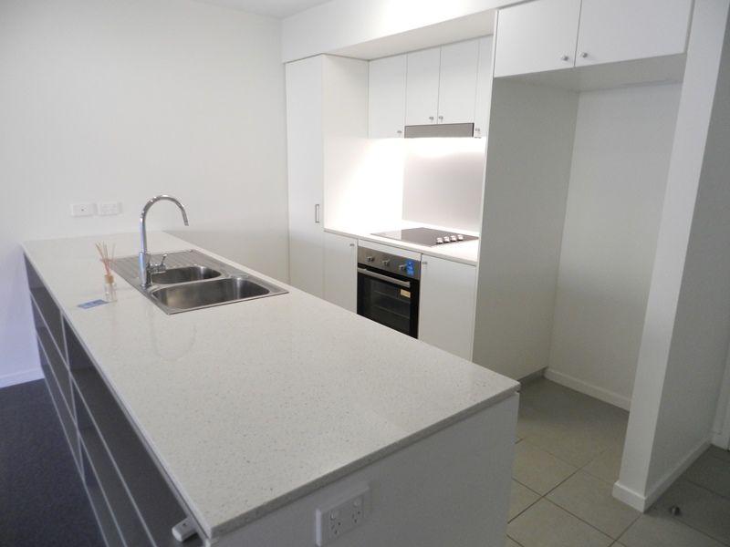 132/75 Central Lane, Gladstone Central QLD 4680, Image 2