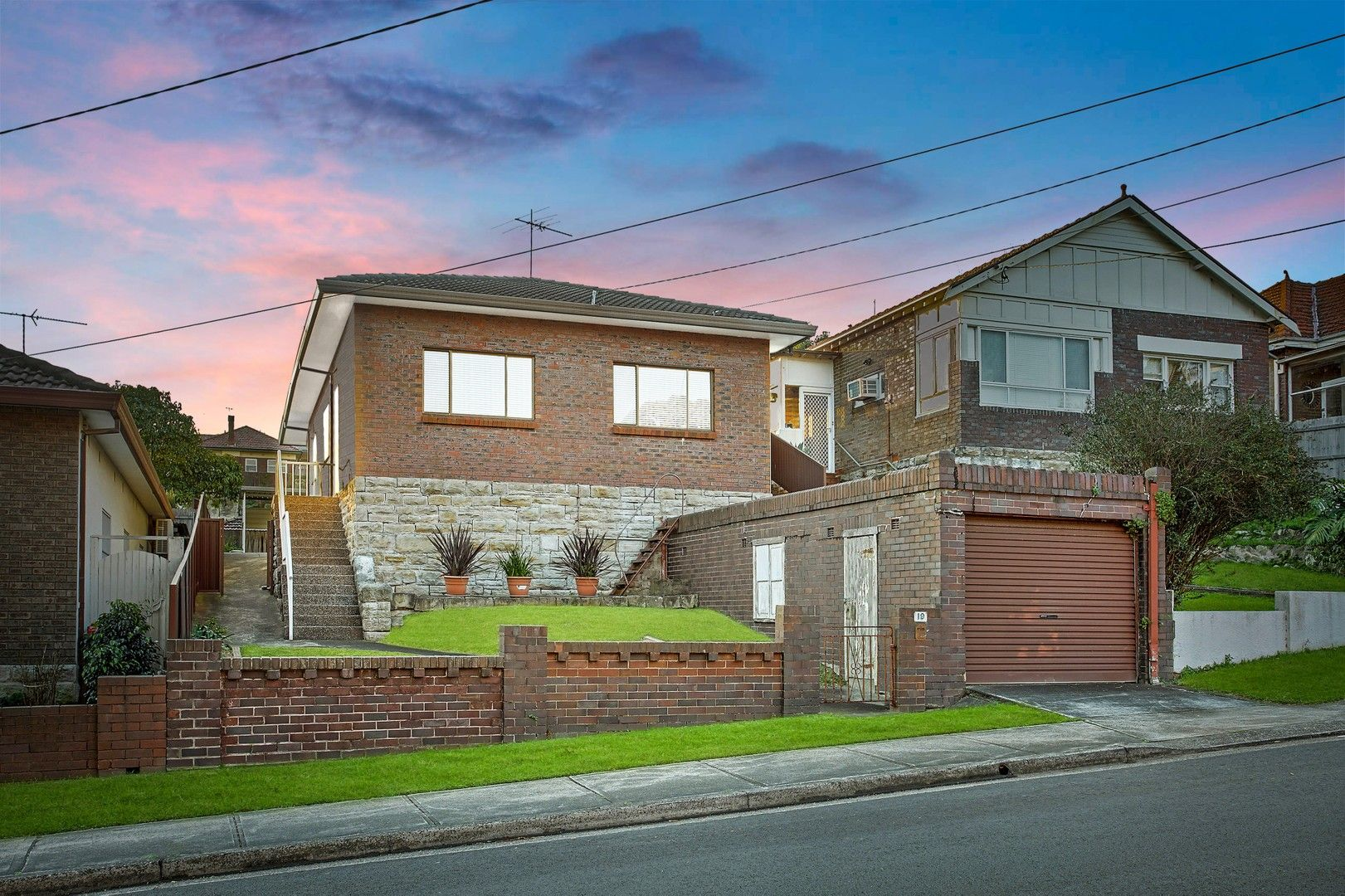 3 bedrooms House in 19 Arlington Street ROCKDALE NSW, 2216