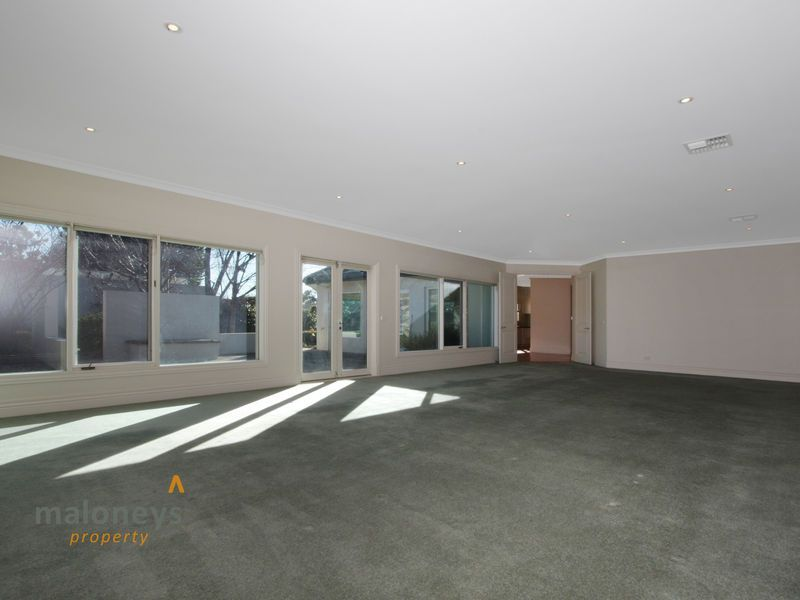 1/13 Arthur Circle, Forrest ACT 2603, Image 2