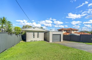 Picture of 26 Walter Street, Labrador QLD 4215