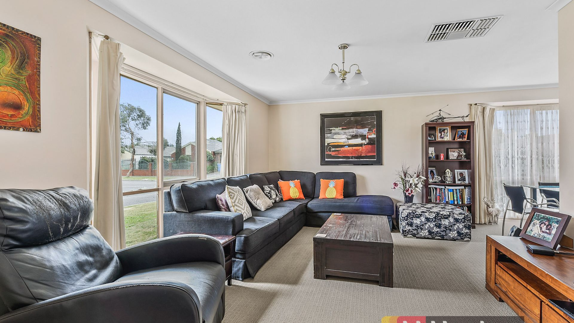 2 Lindenow Court, Cranbourne North VIC 3977, Image 1
