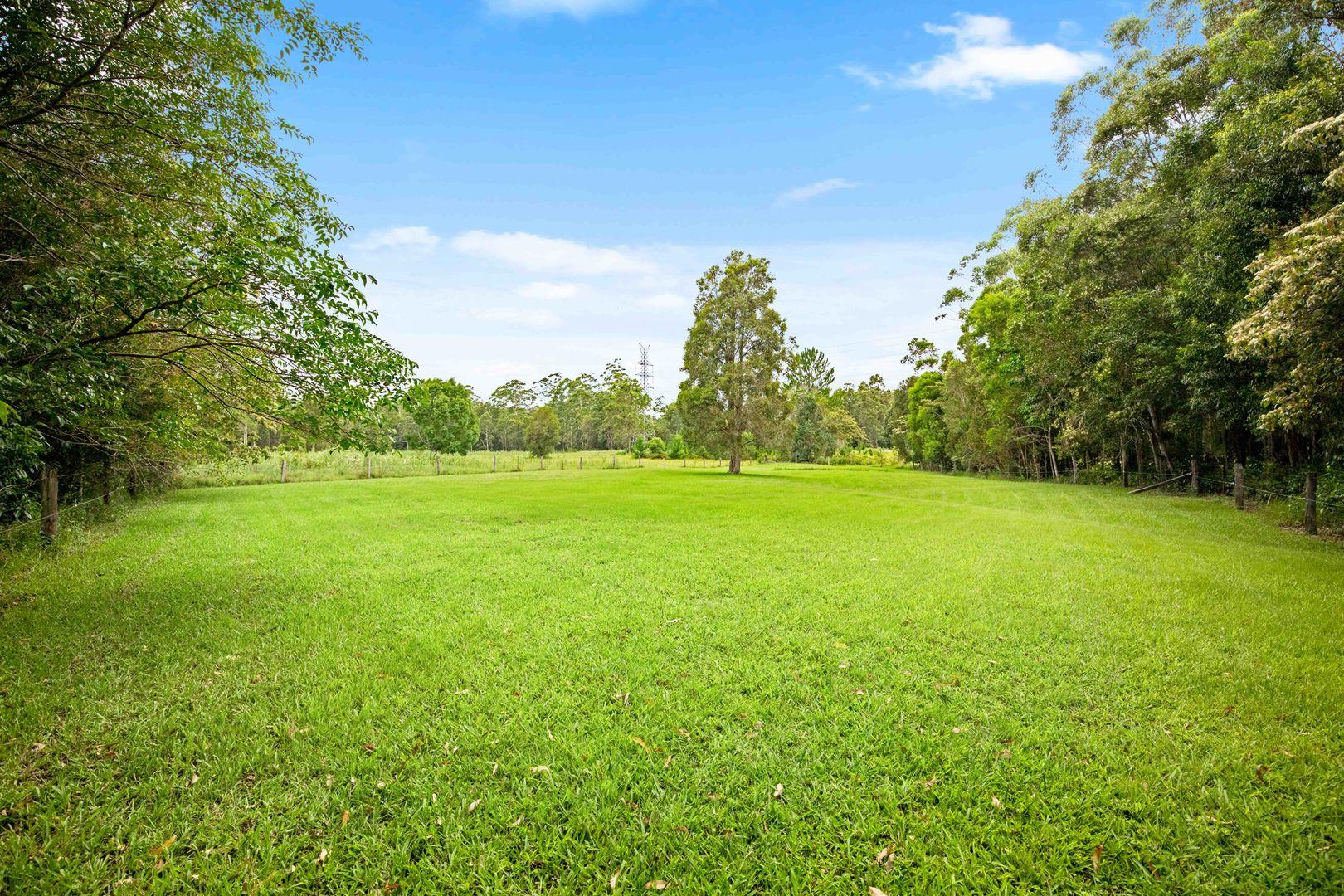 256 Dales Road, Chevallum QLD 4555, Image 2