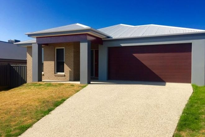 Picture of 43 Wellington Drive, THURGOONA NSW 2640