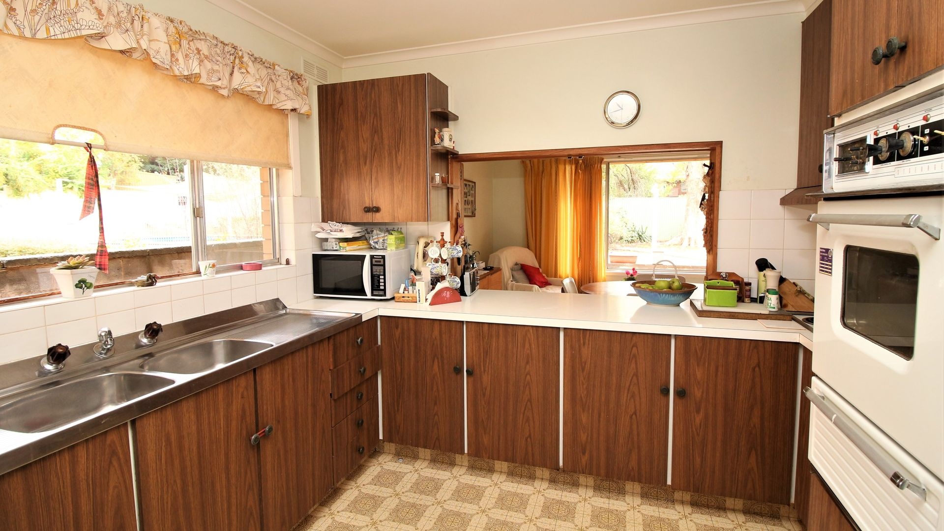 82 Ross Crescent, Griffith NSW 2680, Image 2