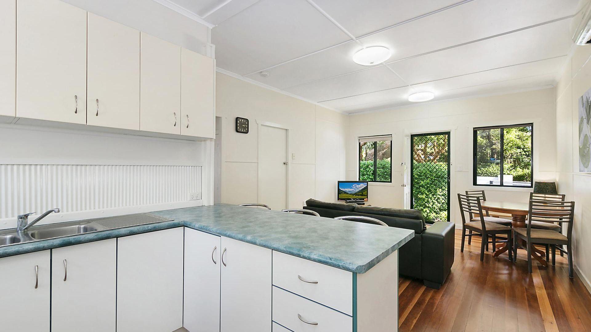 2/23 Margaret  Street, East Toowoomba QLD 4350, Image 2