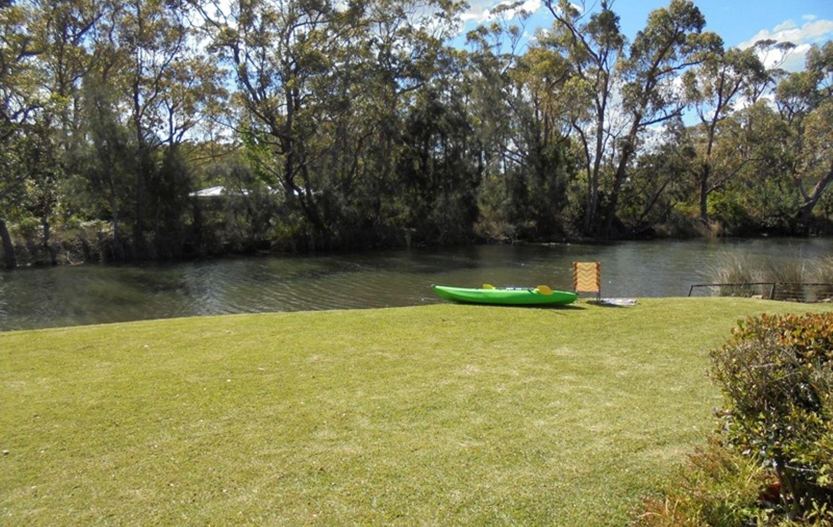 3 Oak Avenue, Lake Tabourie NSW 2539, Image 2