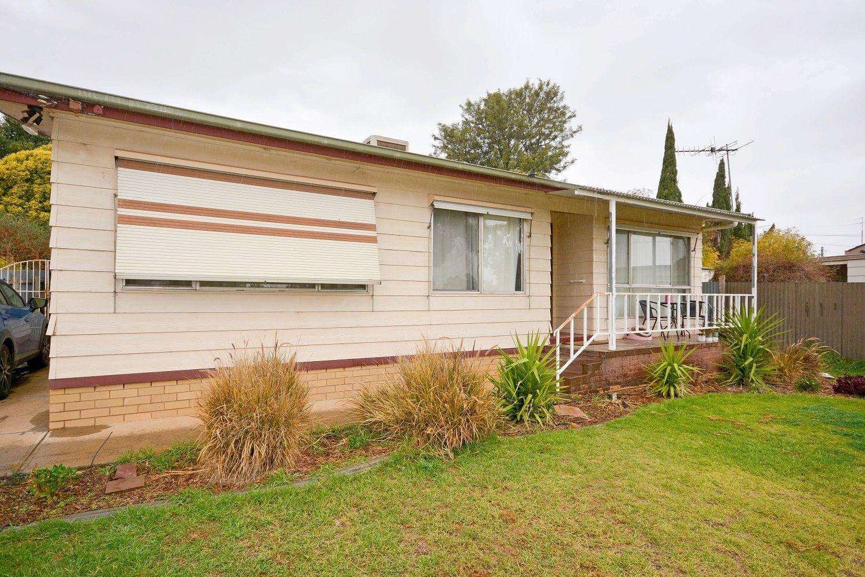 15 Wirilda Street, Leeton NSW 2705, Image 0