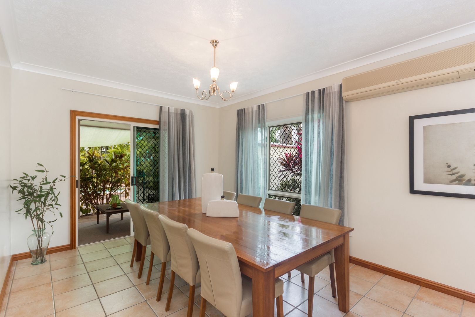 9 CARDIFF COURT, Mount Louisa QLD 4814, Image 2