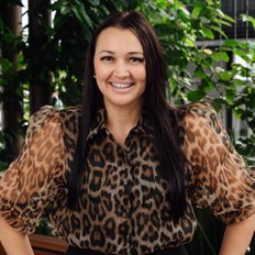 Angela Duncan, Sales representative