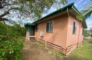 Picture of 18 Thomasson Street, Park Avenue QLD 4701