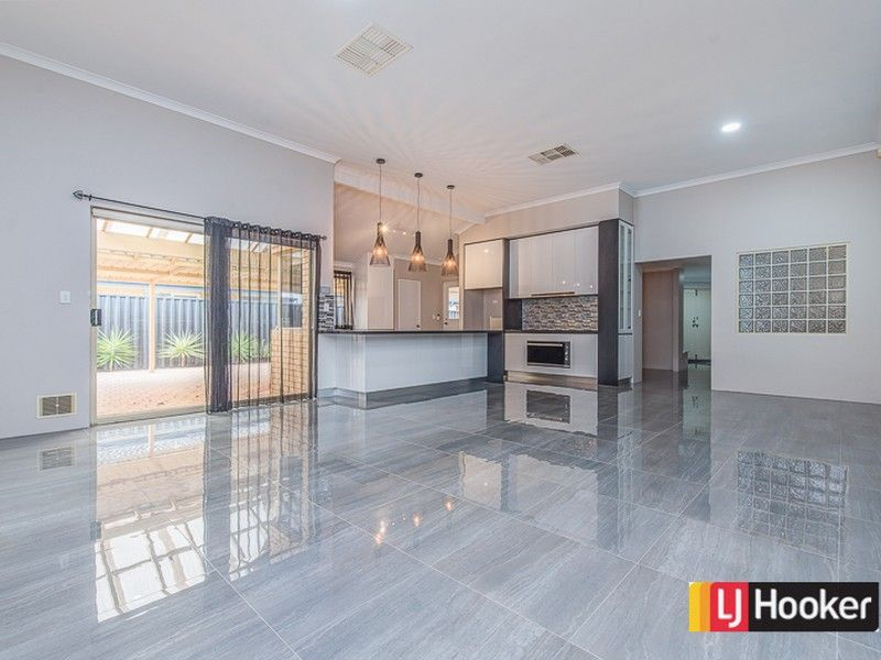 71 Southacre Drive, Canning Vale WA 6155, Image 1