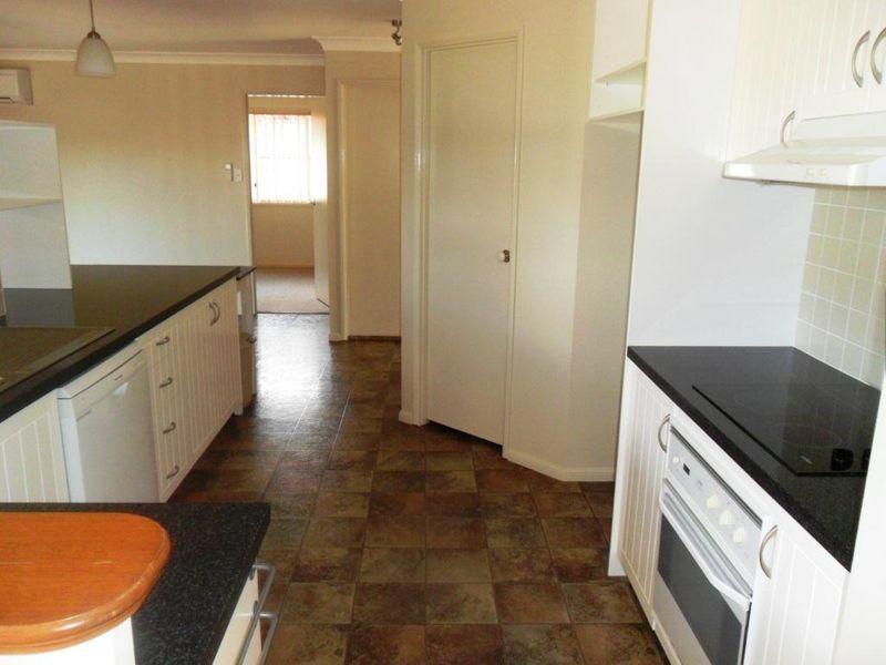 38 Dandelion Drive, Middle Ridge QLD 4350, Image 1