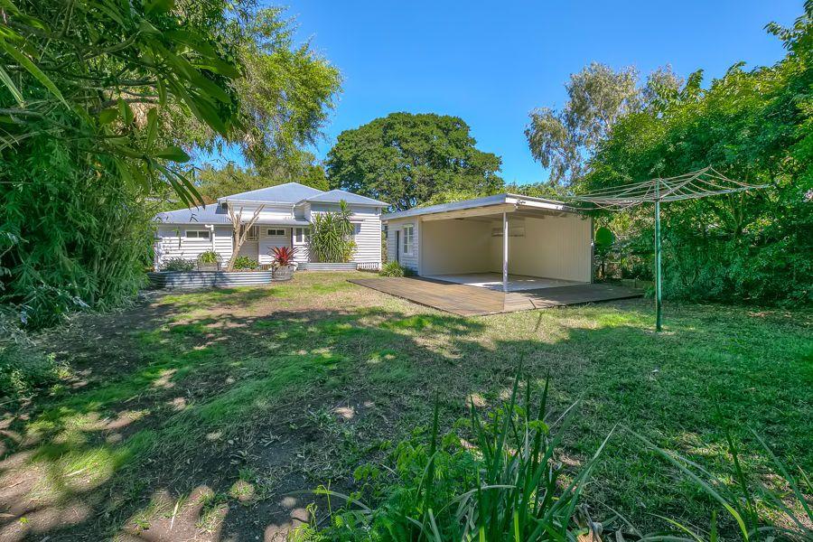 31 Weinholt Street, Sherwood QLD 4075, Image 1