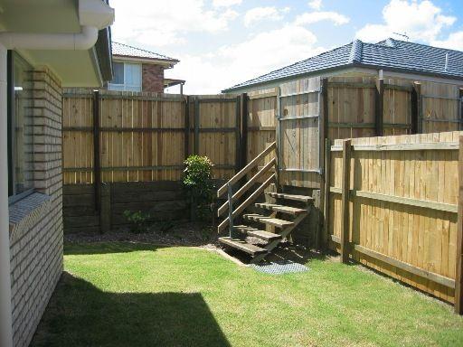 Unit 3/20 Livingstone St, Upper Coomera QLD 4209, Image 1