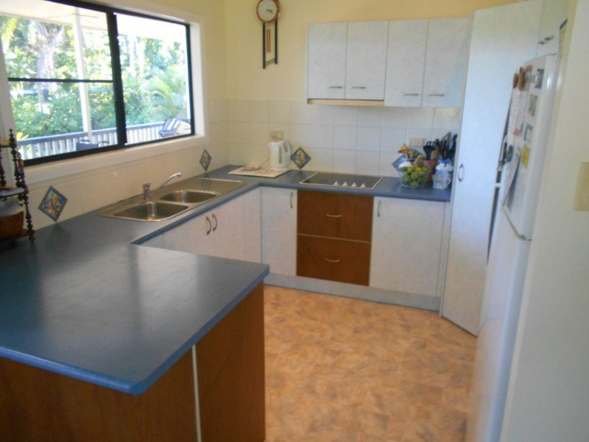 5 Valles Road, Bemerside QLD 4850, Image 1