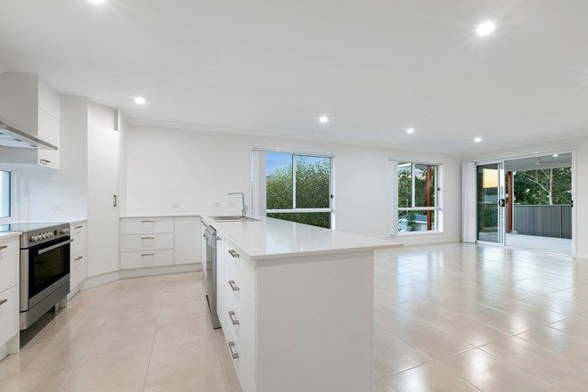 Picture of 2/11 Horizons Way, WOOMBYE QLD 4559