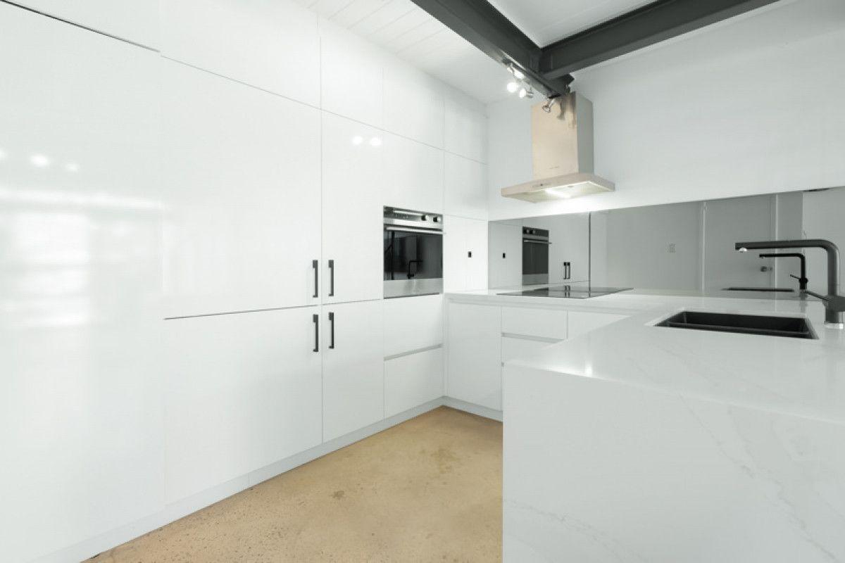 13/3 Greenway Street, Perth WA 6000, Image 1