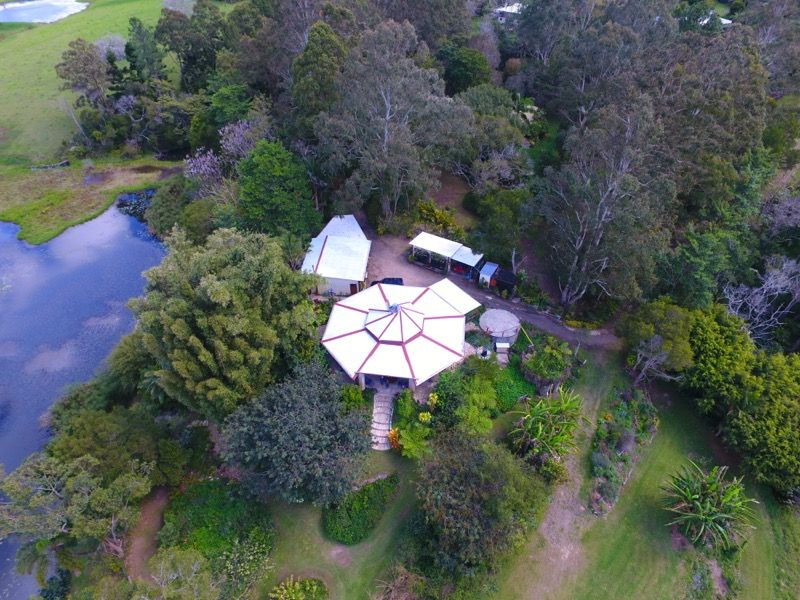 12 Lawrence Place, Maleny QLD 4552, Image 2