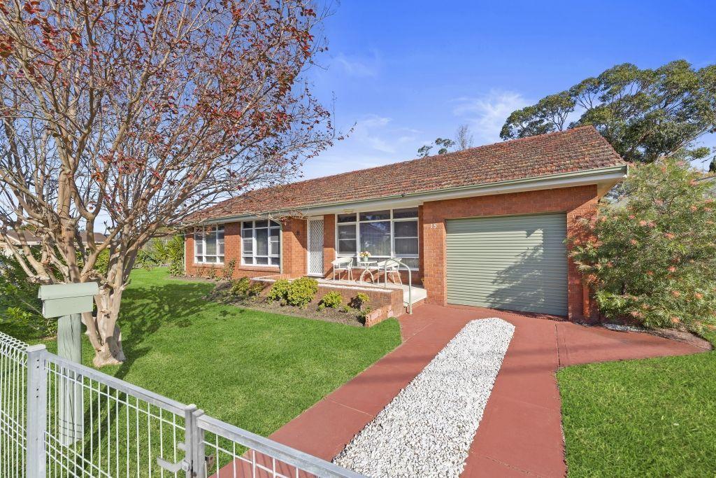 15 Robin Crescent, Woy Woy NSW 2256, Image 0