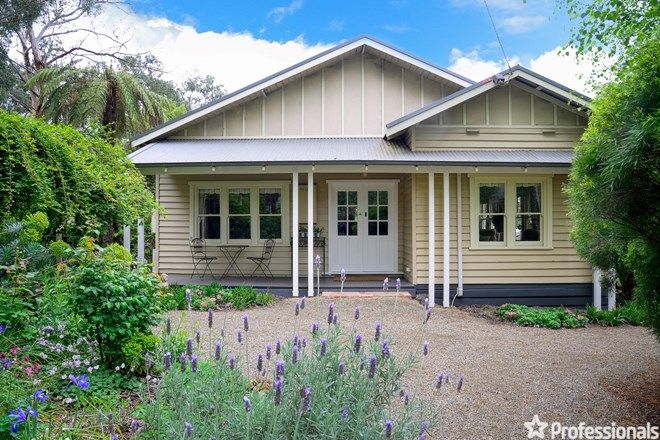 Picture of 2 Balmoral Avenue, WESBURN VIC 3799