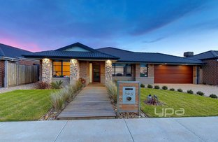 Picture of 165 Mandalay Circuit, Beveridge VIC 3753