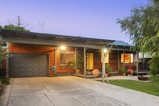 Picture of 19 Lorna Street, DUNSBOROUGH WA 6281