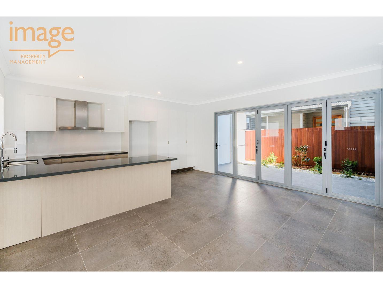 2/25 Mullens Street, Hawthorne QLD 4171, Image 1