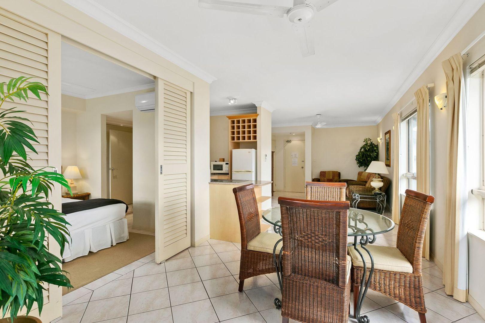 1221/2-10 Greenslopes Street, Cairns North QLD 4870, Image 2