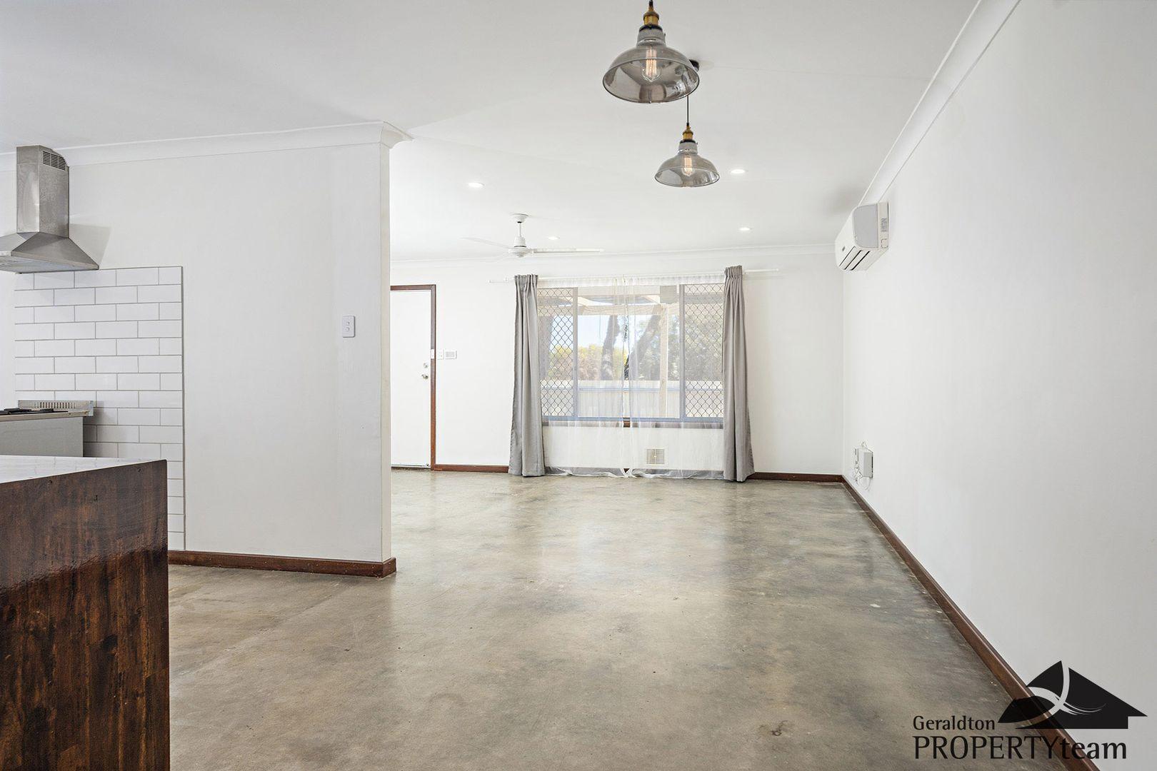 21 Abraham Street, Karloo WA 6530, Image 2