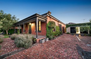 Picture of 558 Waverley Road, Malvern East VIC 3145