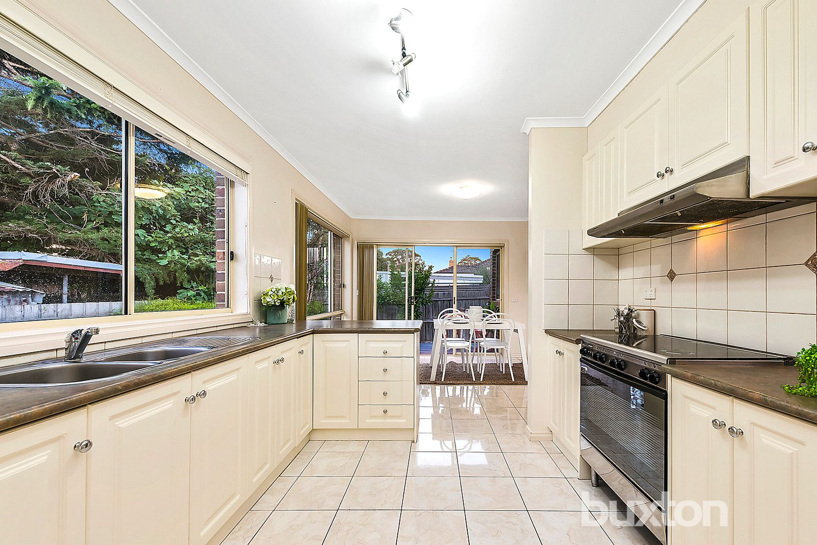 2/32 Nonna Street, Oakleigh East VIC 3166, Image 2