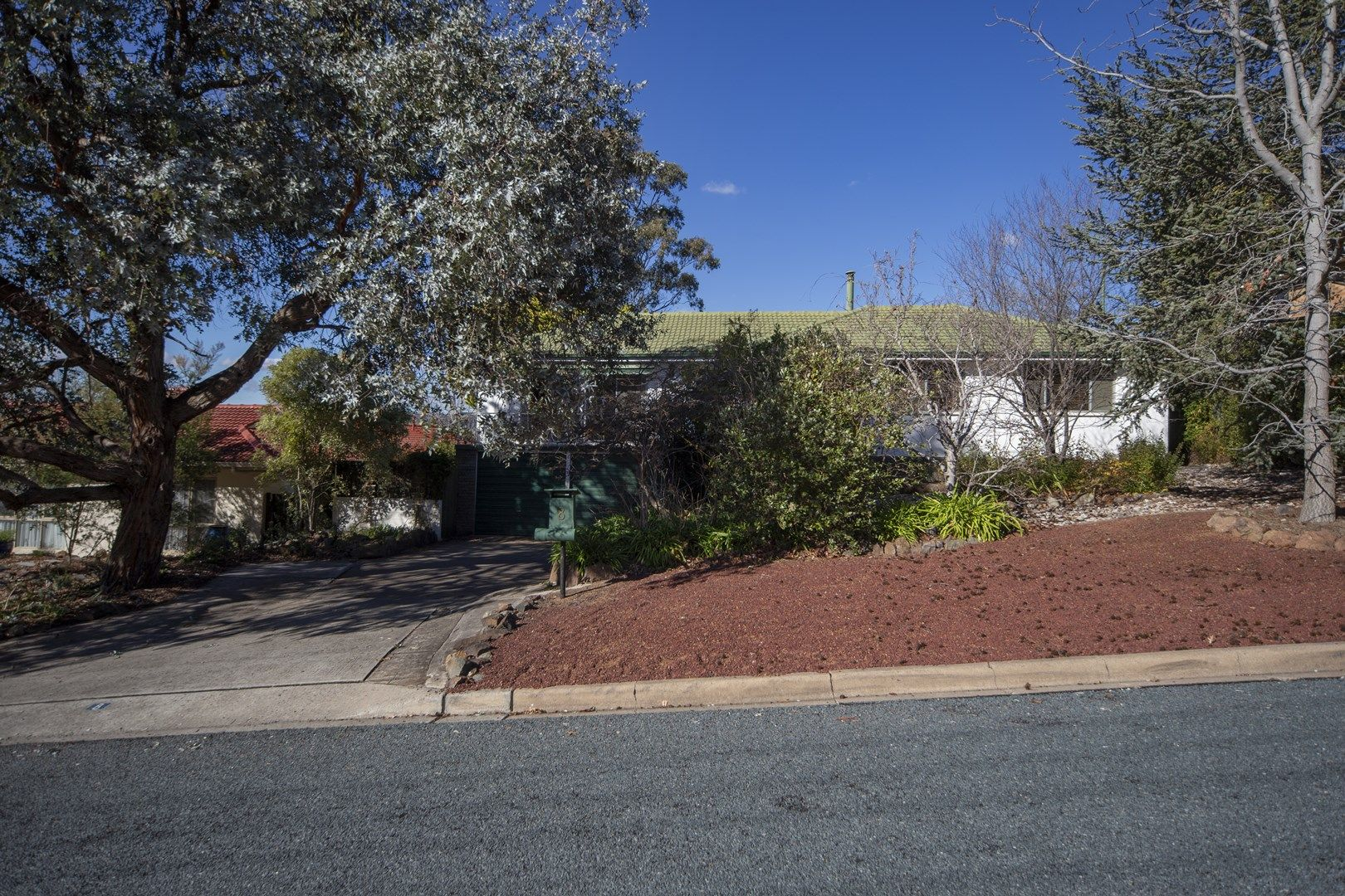 8 Coleman Street, Pearce ACT 2607, Image 0