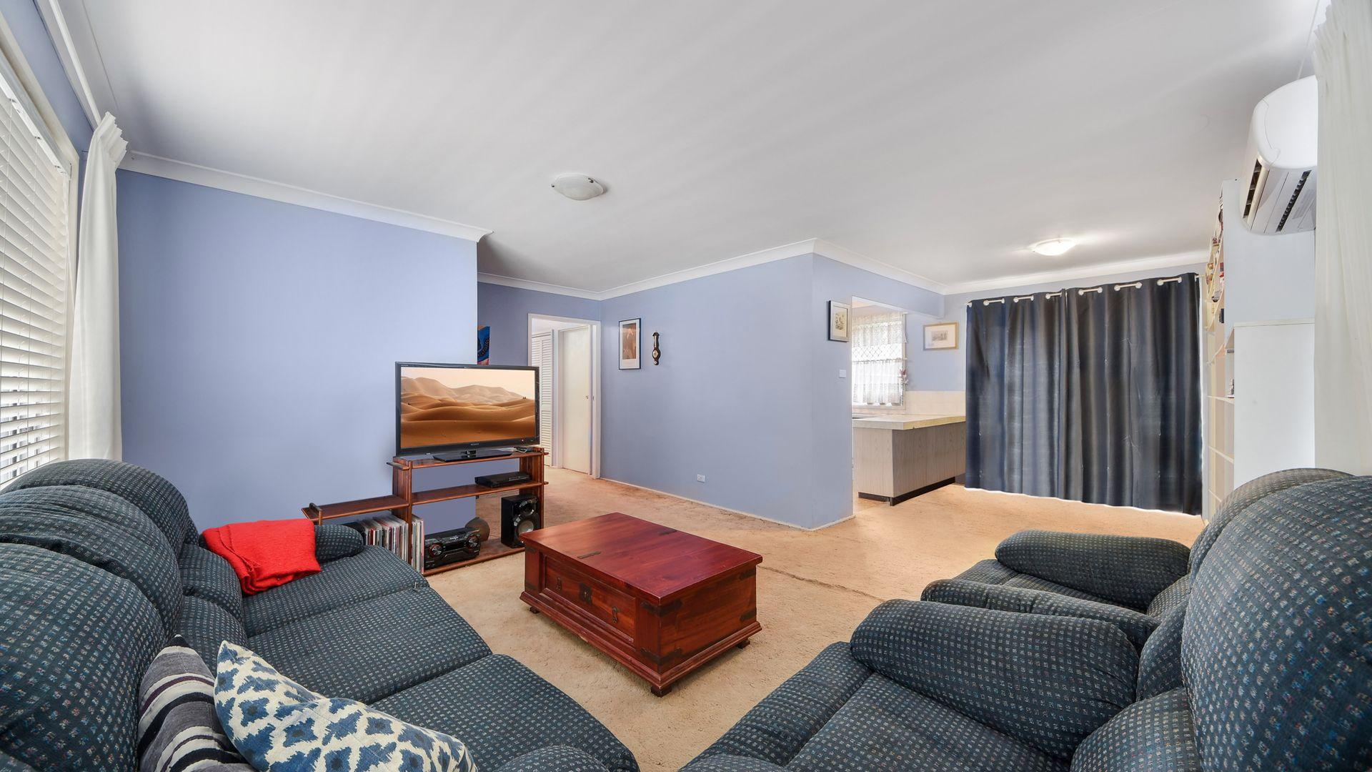 Bradbury NSW 2560, Image 1